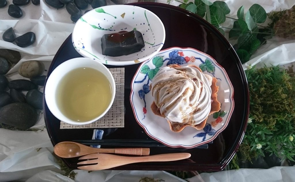 法本胡麻豆腐店の茶房