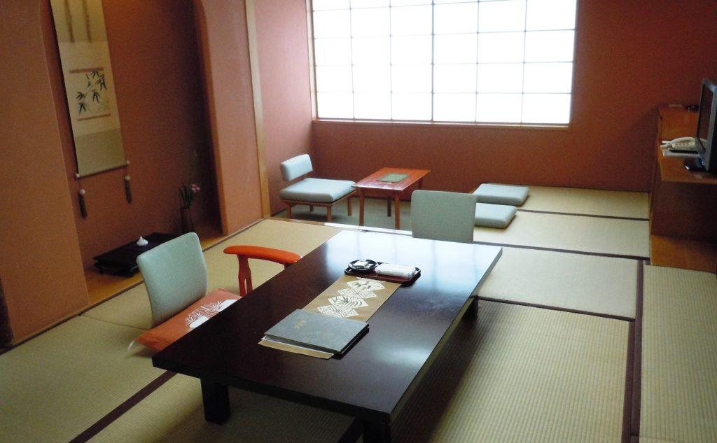 大正屋の和室10畳のお部屋